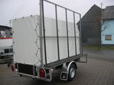 Kastenanhänger mit seitlichem Fenster-Transportgestell